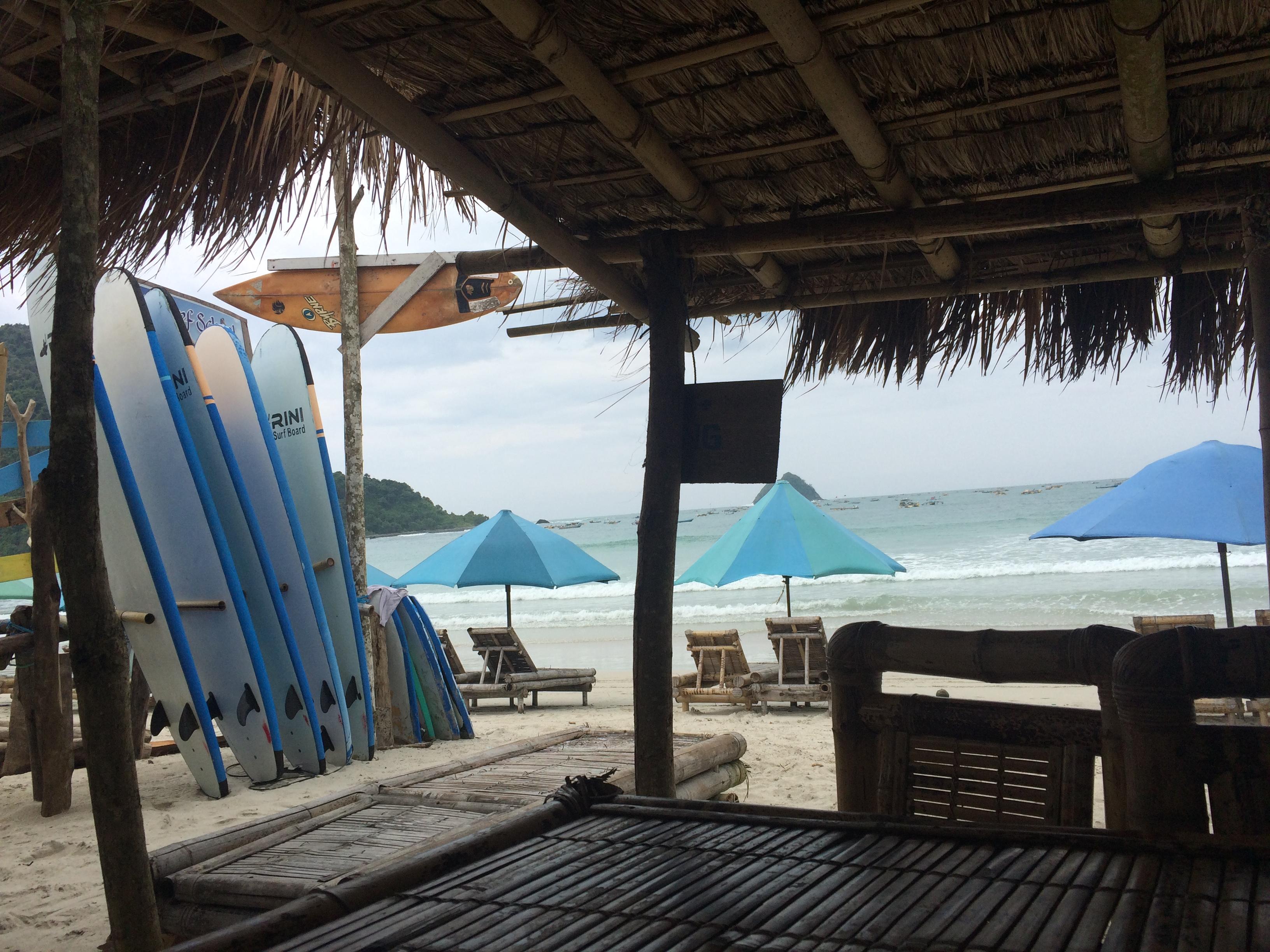 Indonésie, plage de Selong.