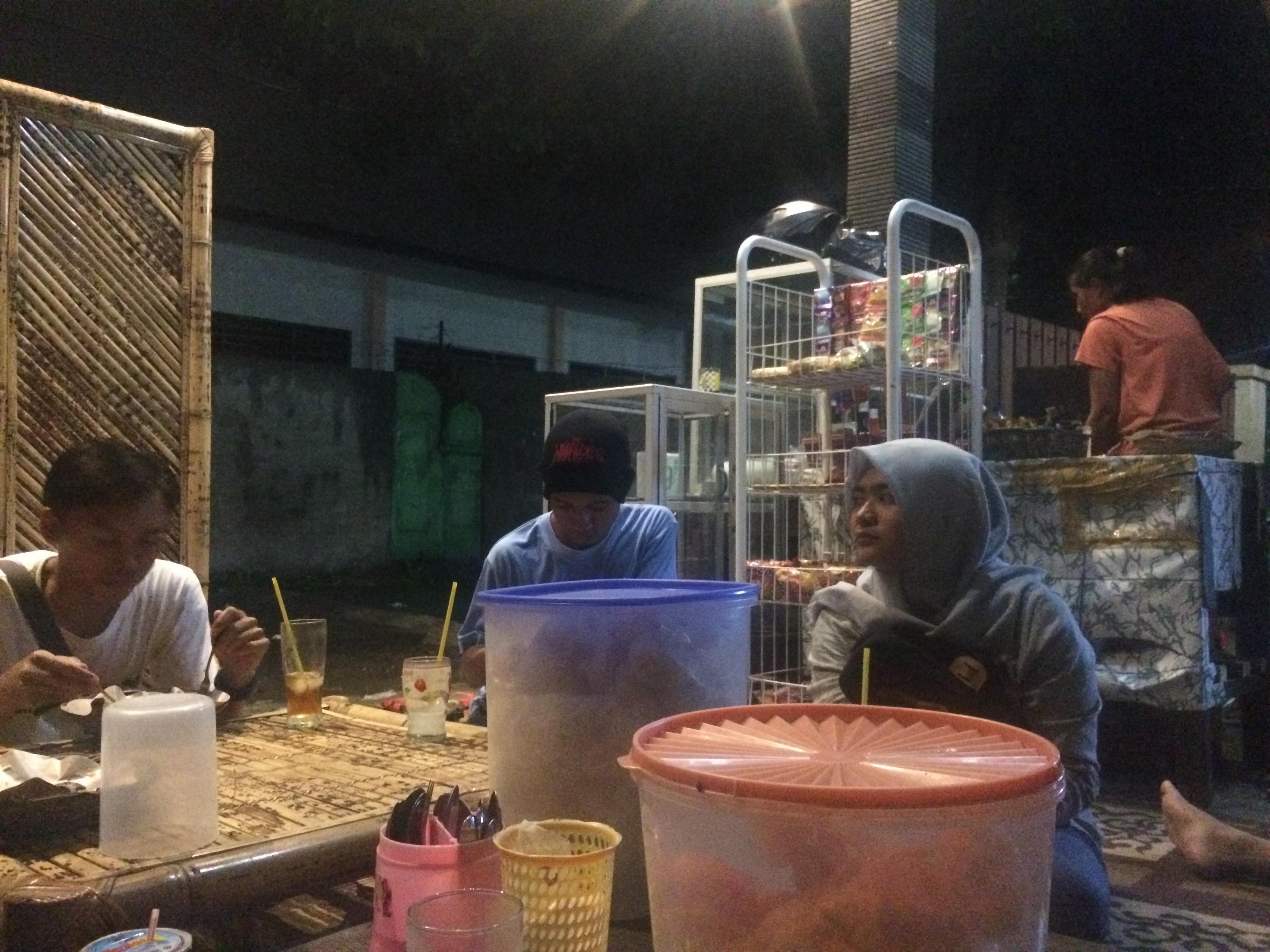 Repas, Mataram Lombok.
