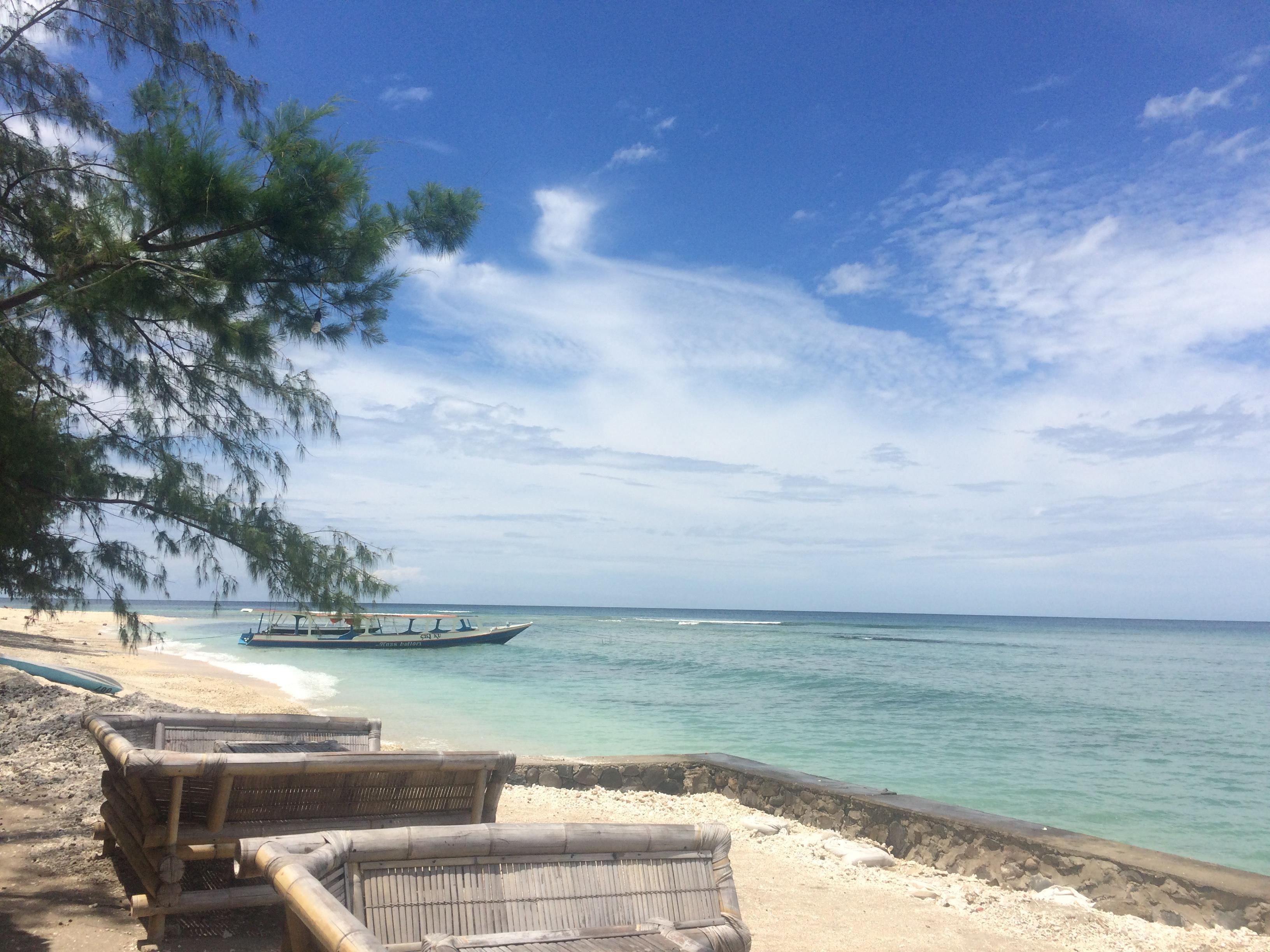 Plage sable blanc Gili Air, Indonésie