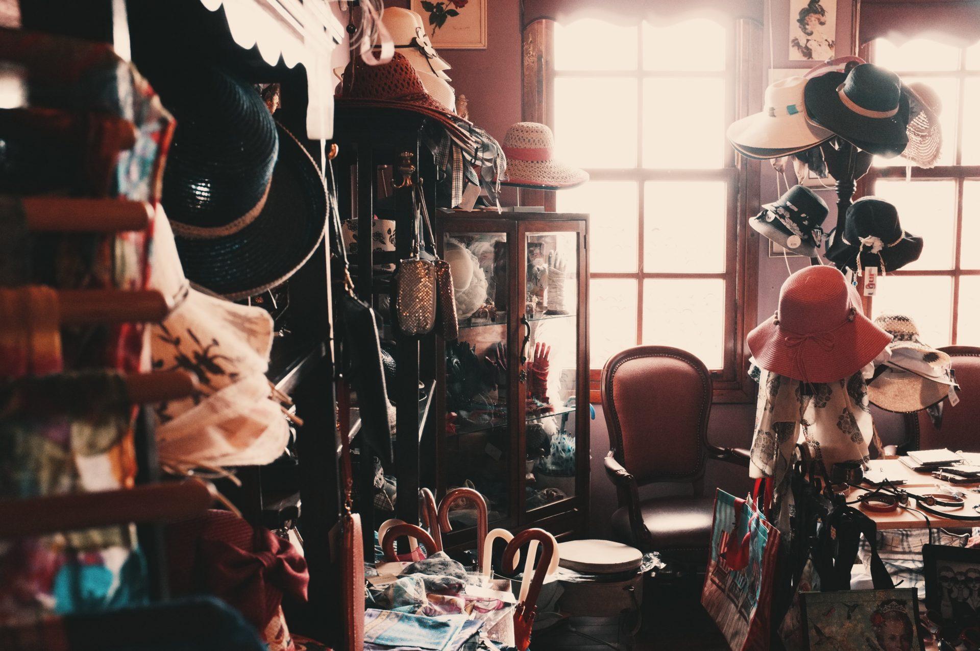 Vêtements et accessoires seconde main