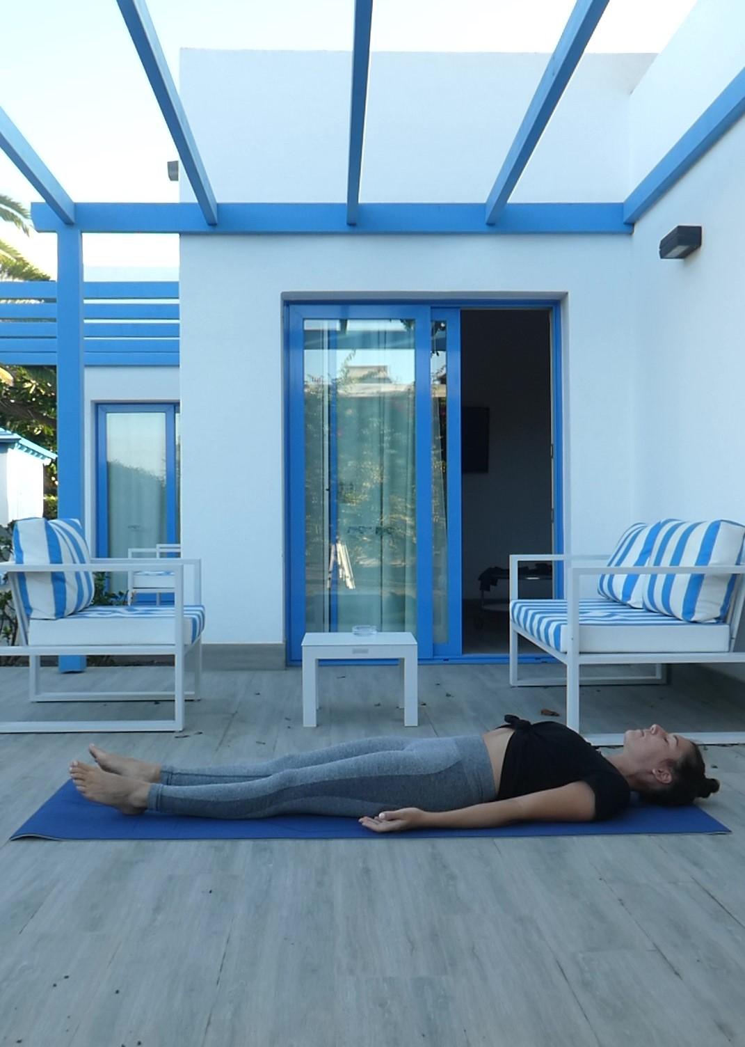 Posture du cadavre, Shavasana, yoga