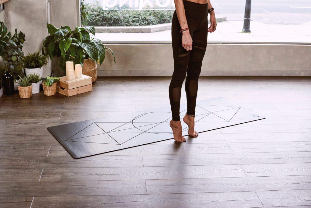 Le design d'un tapis de yoga