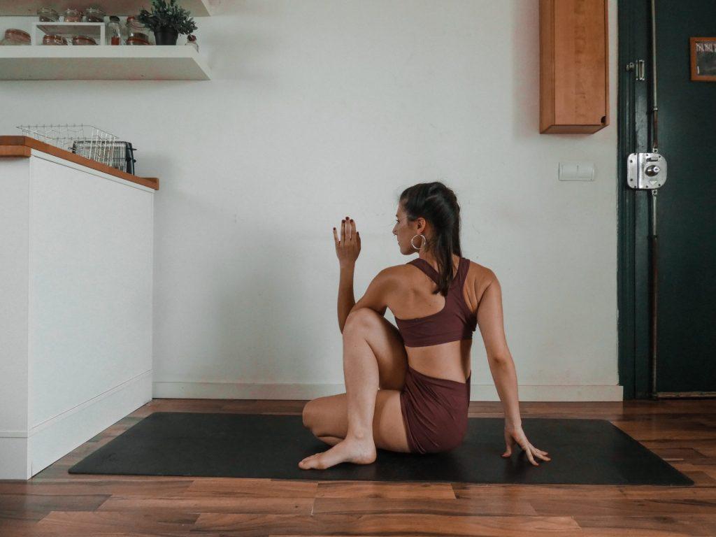 Ardha Matsyendrasana 1 - Option 1